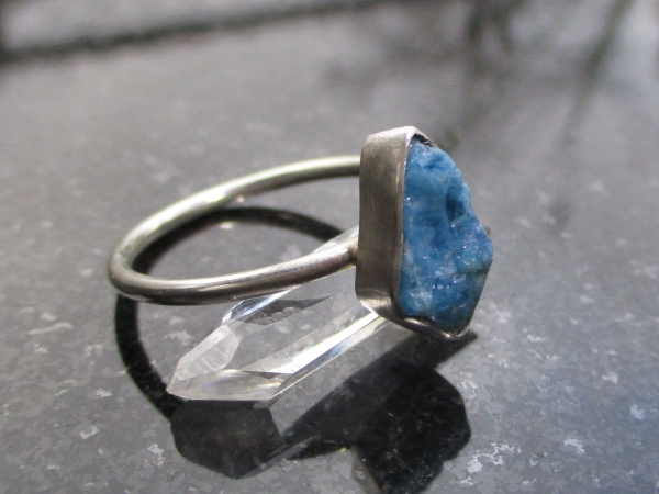 Raw Blue Apatite Ring Size 9 925 Sterling Silver Crystal Gemstone Stacking Ring