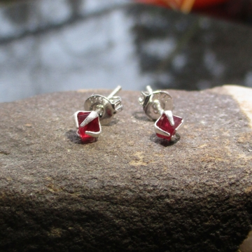 Red Crystal Stud Earrings in Sterling Silver Minimalist Raw Stone Pink Spinel Sm