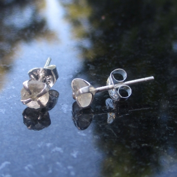 Oregon Sunstone Crystal Stud Earrings Natural Raw Stone Gemstone Studs in Sterling Silver with 4 Prong Setting