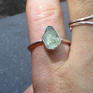 Handmade Raw Apatite Crystal Ring Size 8 in Sterling Silver Green- Blue Stone Stacking Ring