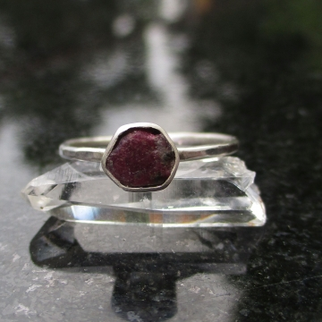 Size 6 Handmade Raw Ruby Crystal Stacking Ring in Sterling Silver With Thin Hammered Band July Birthstone Jewelry